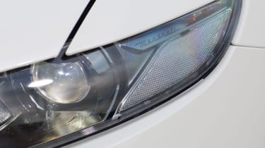 Maserati Levante S - headlight