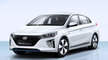 Hyundai Ioniq plug-in PHEV - front quarter