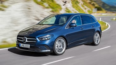 Mercedes B-Class - fron tracking