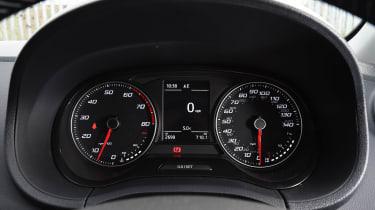 SEAT Ibiza - dials