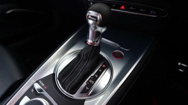 Audi TTS - centre console