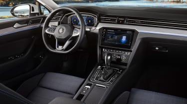Volkswagen Passat GTE - cabin