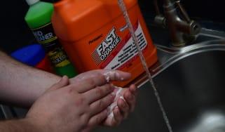 Best workshop hand cleaner - header