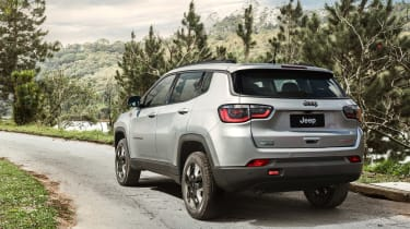 Jeep Compass 2017 - Trailhawk rear tracking