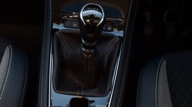 Vauxhall Grandland X - gear lever