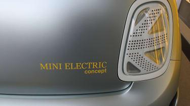 2019 MINI Electric Concept rear light