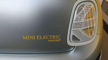 2019 MINI Electric Concept rear light