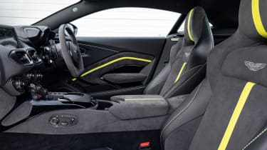 Aston Martin Vantage F1 Edition - front seats