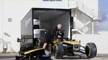 Renault Master F1 conversion - unloading