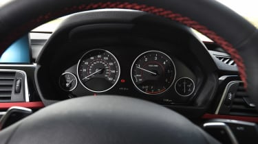 BMW 4 Series Gran Coupe - dials
