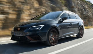 SEAT Leon Cupra R ST - front tracking