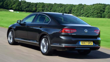 Used Volkswagen Passat - rear action