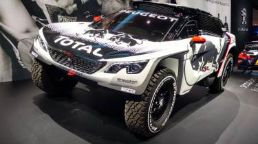 Peugeot 3008 DKR - Paris
