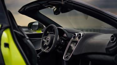 McLaren 600LT Spider - dash