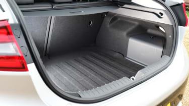 Hyundai IONIQ hybrid 2016 UK - boot