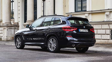 BMW X3 xDrive30e - rear