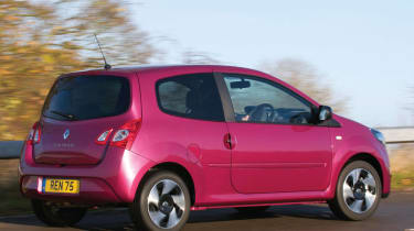 Renault Twingo hatchback rear tracking