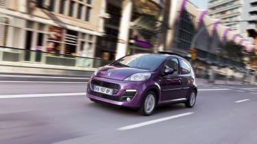 Peugeot 107 - front city shot