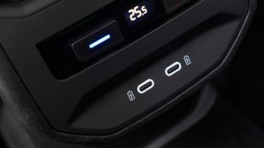 SEAT Leon - USB