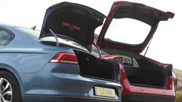 Volkswagen Passat vs Toyota Prius - boots