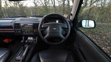 Land Rover Discovery Mk2 - dash