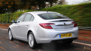 The Vauxhall Insignia is impressive in long-distance journeys, thanks to the revised suspension and on-road grip, ride comfort is at its best.