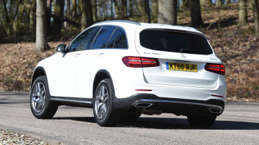 Mercedes GLC 350d 2017 - rear cornering
