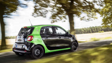 Smart ForFour Electric Drive  rear tracking