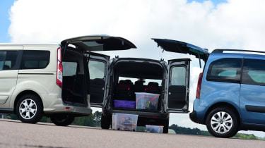 Fiat Doblo vs Citroen Berlingo vs Ford Tourneo Connect - boot space