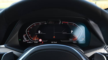 BMW X6 twin test - dash