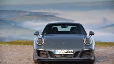 Porsche 911 Carrera 4 GTS - full front static
