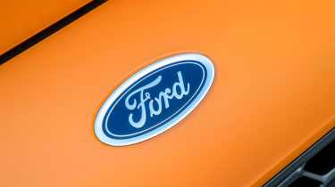 Ford Focus ST - Ford badge