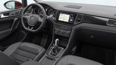 Volkswagen Golf SV 2018 interior side