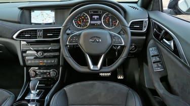 Infiniti Q30 2.2 Diesel 2016 - dashbaord