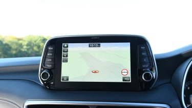 Hyundai Tucson 48v - navigation