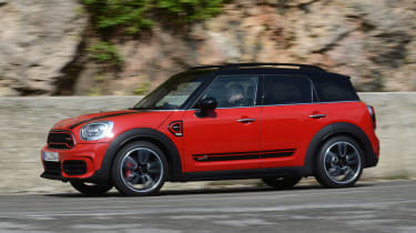 MINI JCW Countryman - side