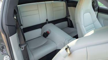 Porsche 911 Carrera - rear seats