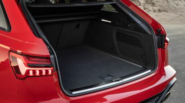 Audi RS 6 Avant - boot