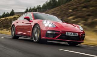 Porsche Panamera Turbo - front