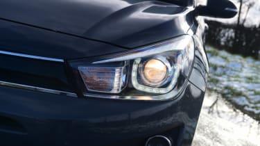 Kia Rio facelift - front light
