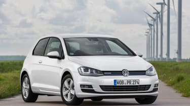 VW Golf BlueMotion 1.0 TSI static front