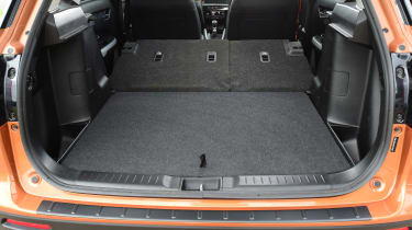 Suzuki Vitara - rear seats