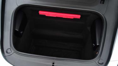 Convertible megatest - Porsche 718 Boxster - front boot
