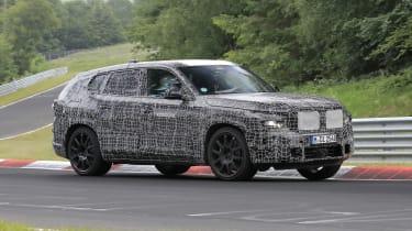 BMW X8 - 2021 spyshot 3