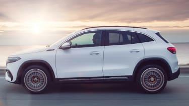 Mercedes EQA - side