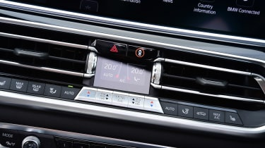BMW X5 vents