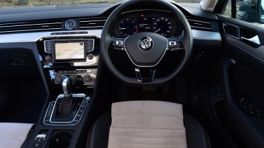 Volkswagen Passat Estate - dash