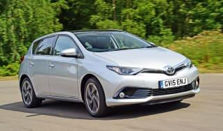 Toyota Auris - front action