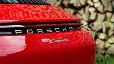 Porsche 911 Carrera - boot