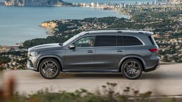 Mercedes GLS - grey side